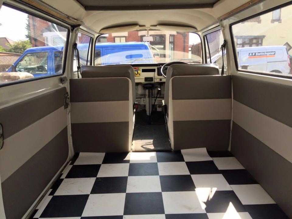 Trimjim vw bay window interior vw bay window door for Bay window interior